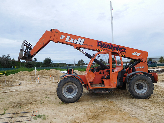 JLG Lull 9000lb 44 Reach Forklift
